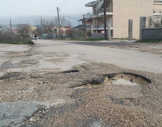 Γιάννενα: Επιχείρηση… «λακκούβα» από τον Δήμο