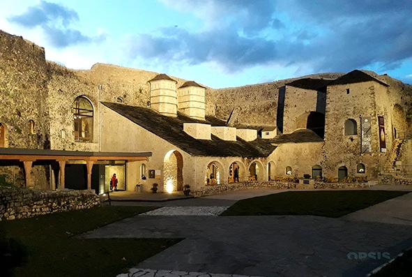 Γιάννενα: Βραδιά ποίησης συνοδεία ζωντανής μουσικής στο Μουσείο Αργυροτεχνίας