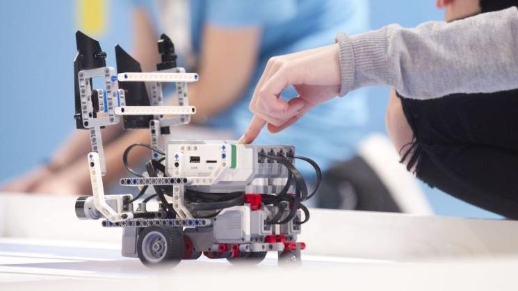 Γιάννενα: Διαγωνισμός Εκπαιδευτικής Ρομποτικής:Γνωρίστε Τις Δημιουργίες Μαθητών Από Σήμερα Στα Ιωάννινα