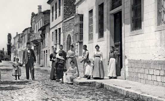 Ρωμανιώτες…», το ντοκιμαντέρ στους Ασπραγγέλους - Typos-i.gr